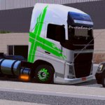 Volvo FH Branco e Verde (Qualificado)